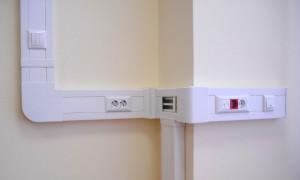 кабель-канал на стене