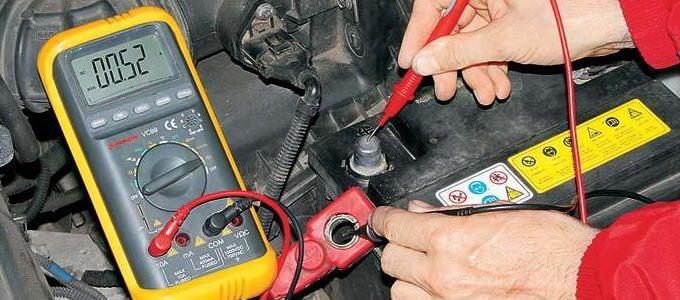 замер утечки тока аккумулятора